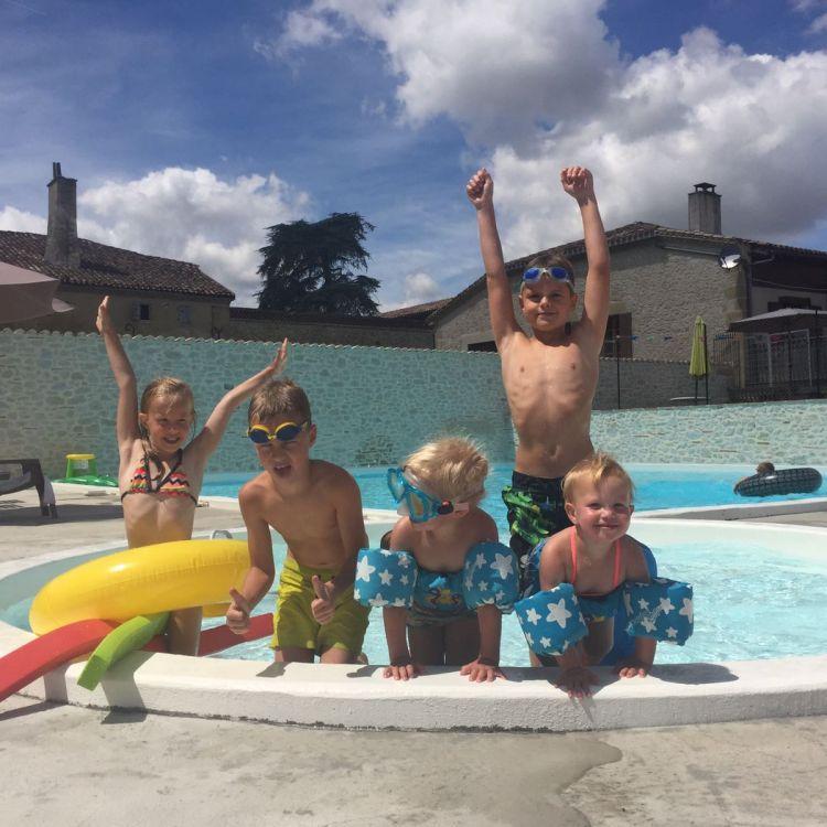 plezier in zwembad